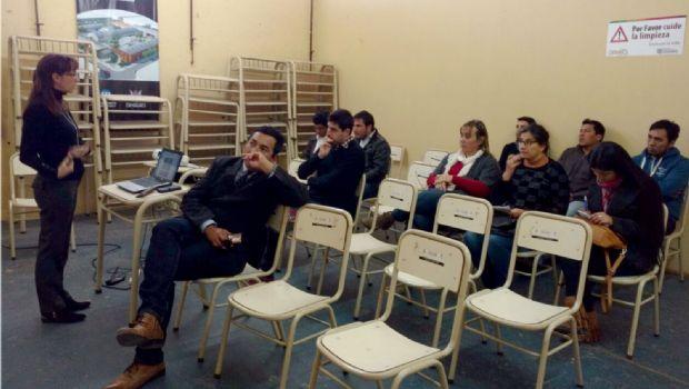 Municipios se capacitan para su presentación en la FIT