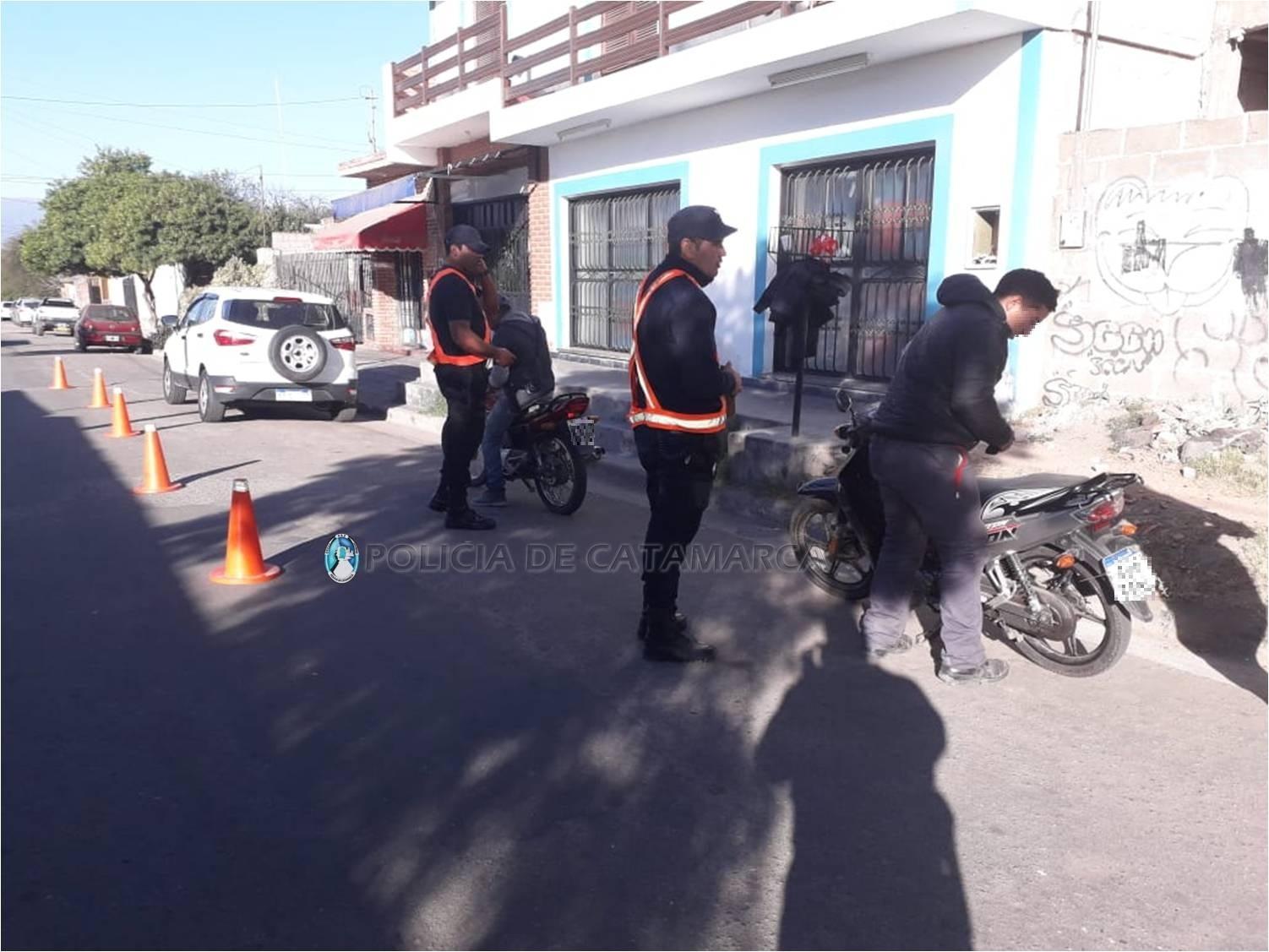 Resultado de imagen para Conductores infractores se quedaron sin sus vehículos operativos en catamarca