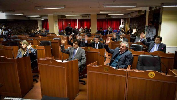 """El Senado distinguió """"Héroe de Malvinas"""" a suboficial retirado"""
