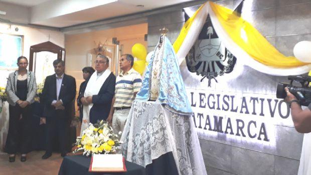 La Virgen inició su recorrido por las instituciones en la Legislatura