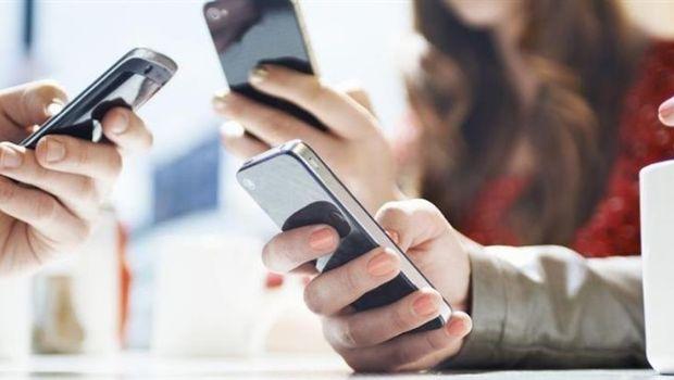 Podrían bloquear más de 17 millones de líneas de celulares no registradas