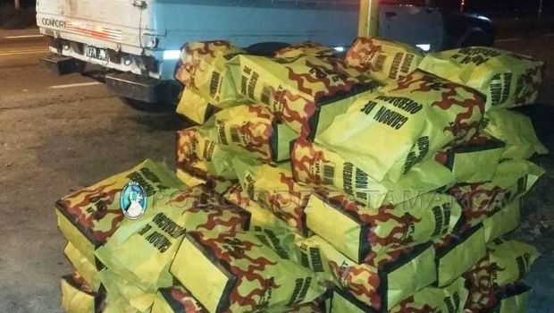 Secuestran bolsas de carbón en Capayán