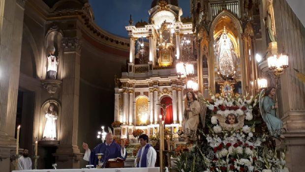 Homenaje del ámbito de la Cultura a la Virgen
