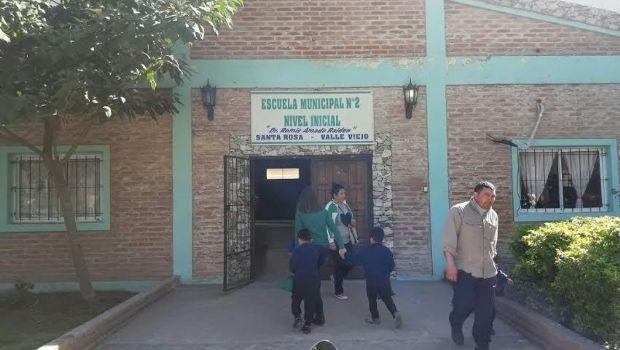 Se vienen los ajustes en escuelas municipales de Valle Viejo