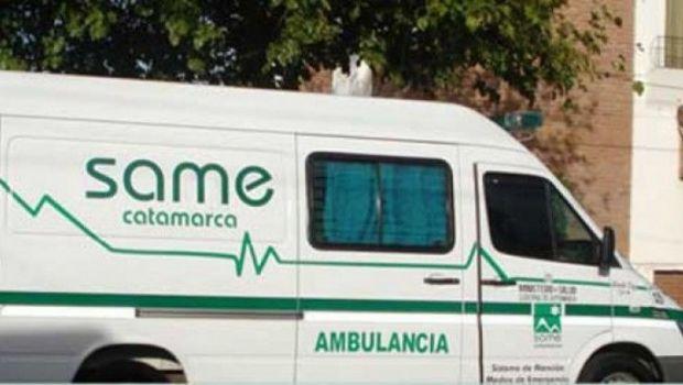 Hombre herido tras caer de la caja de una camioneta