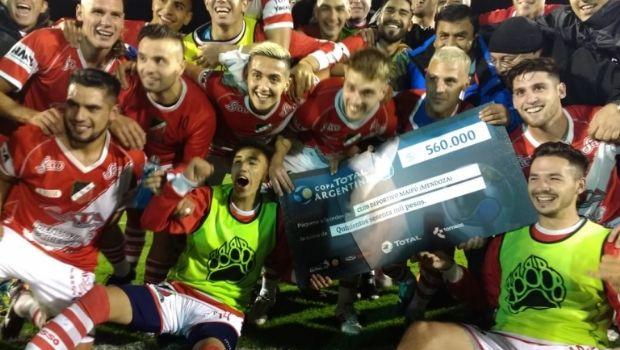 Copa Argentina: Deportivo Maipú festejó con una histórica goleada ante Chacarita