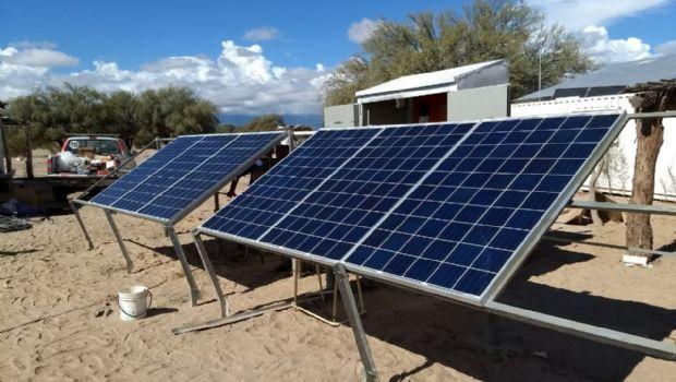 Nuevas escuelas del Salar de Pilpanaco ya cuentan con energía fotovoltaica