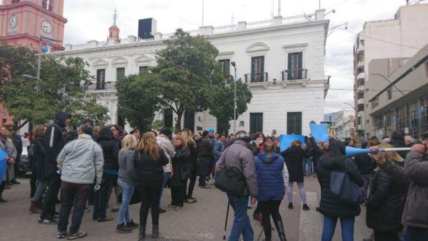 Masiva protesta de judiciales por un aumento salarial