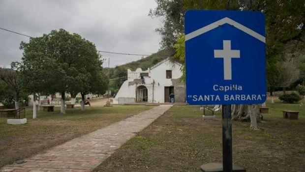 Trabajan en la restauración del templo de Santa Bárbara