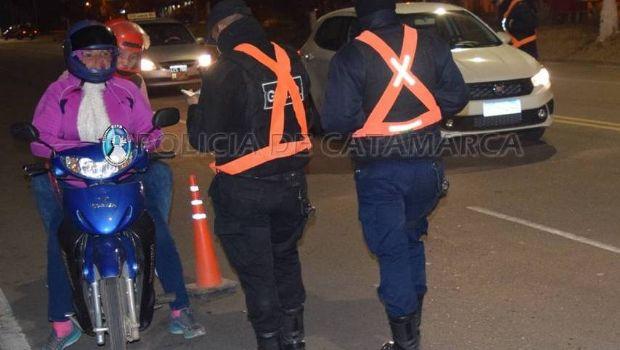 Un total de diez vehículos secuestrados en controles