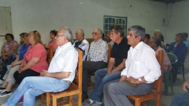 Se prorrogó elección de la comisión vecinal de agua potable en Esquiú