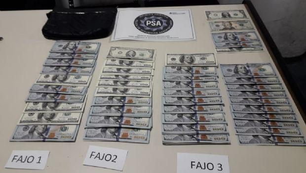 Hallaron más de U$S 30.000 y los devolvieron a sus dueños