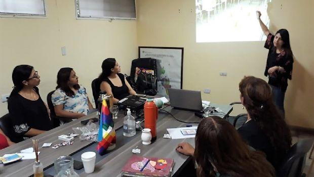 """Capacitaron a agentes sanitarios para """"Jueves Itinerante de Carpa Saludable"""""""