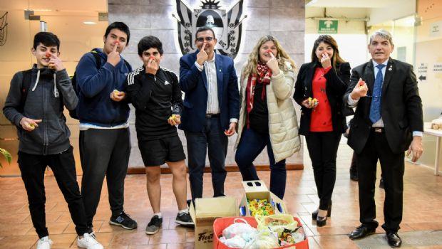 """Aporte de tapitas de la campaña solidaria """"Fundación Garrahan"""""""