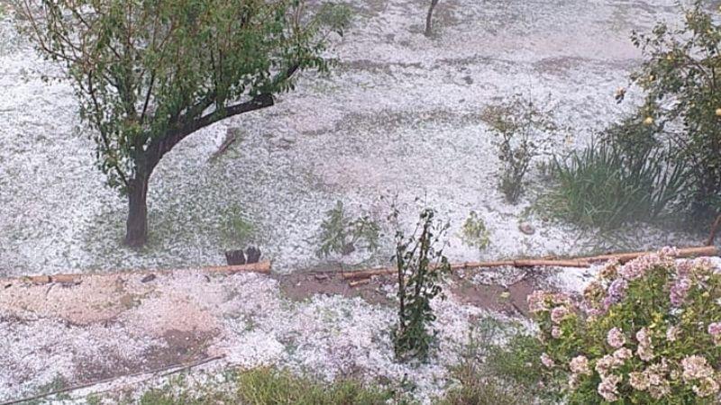 La tormenta llegó con granizo a El Rodeo